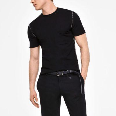 Camiseta de manga corta detalles costura