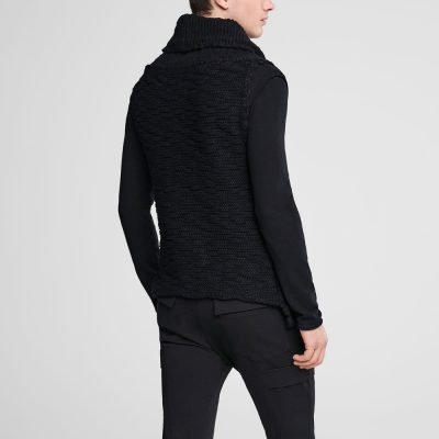 Sleeveless wool cardigan