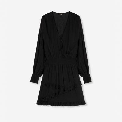 Vestido negro volantes
