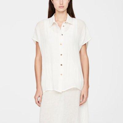 Essence shirt (PRE-SALE)