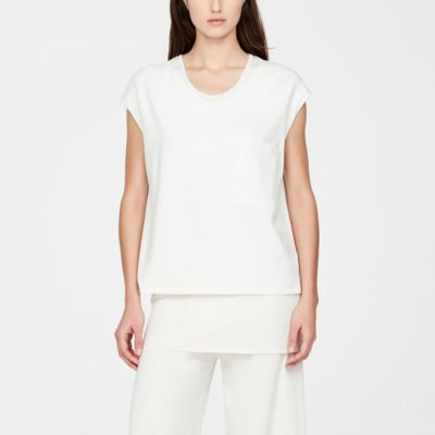 Essence t-shirt (PRE-SALE)