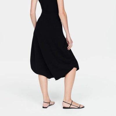 Essence skirt (PRE-SALE)