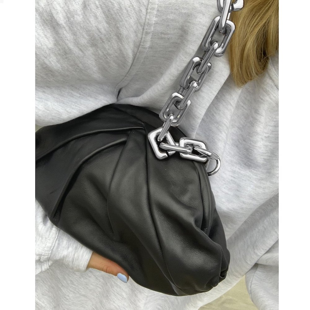 Bolso Saki chain silky negro