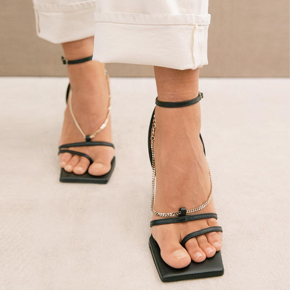 Straps Chain black sandal