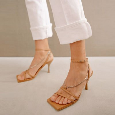 Straps Chain camel sandal