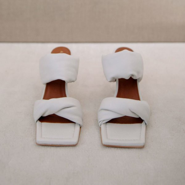 Sandalia Twist Strap blanca